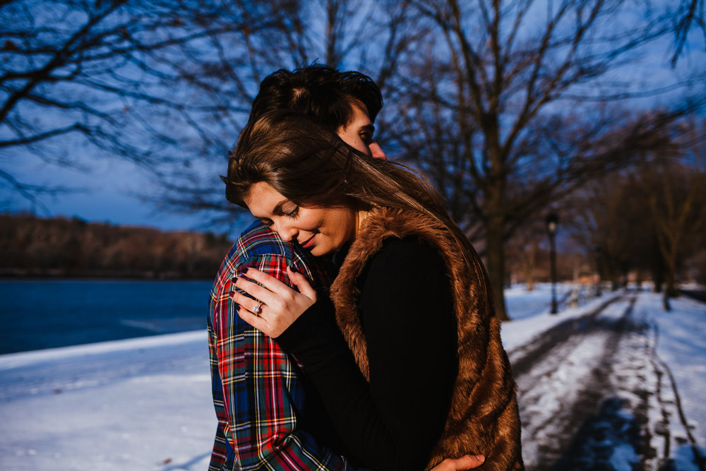 Philadelphia_Winter_Engagement_Session-15.jpg