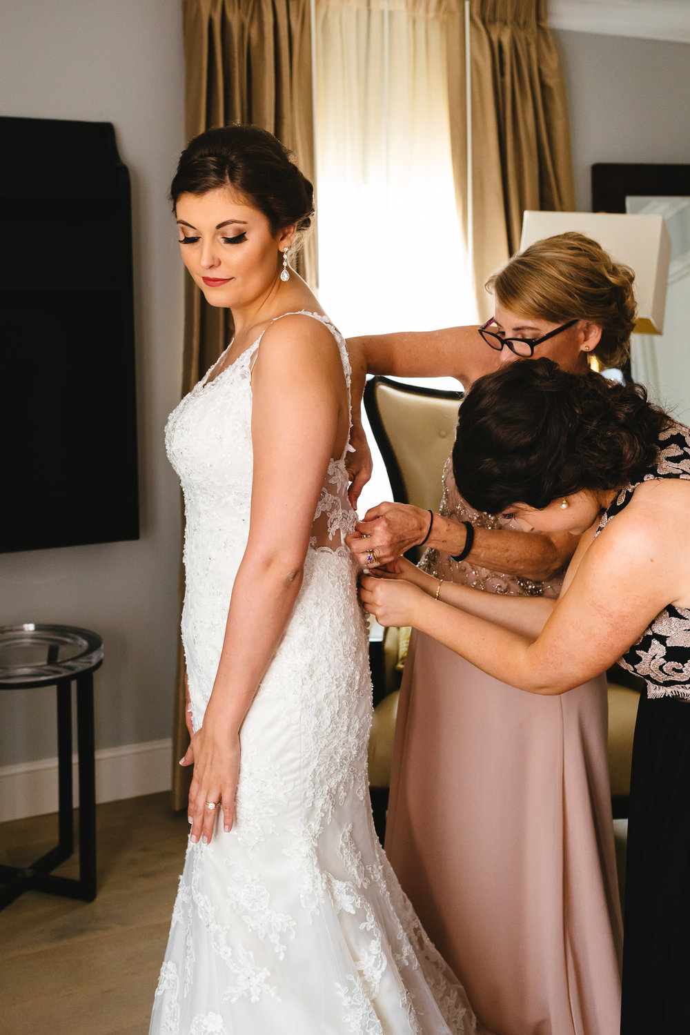 Marriott_Syracuse_Wedding_Calypso_Rae_Photography-17.jpg