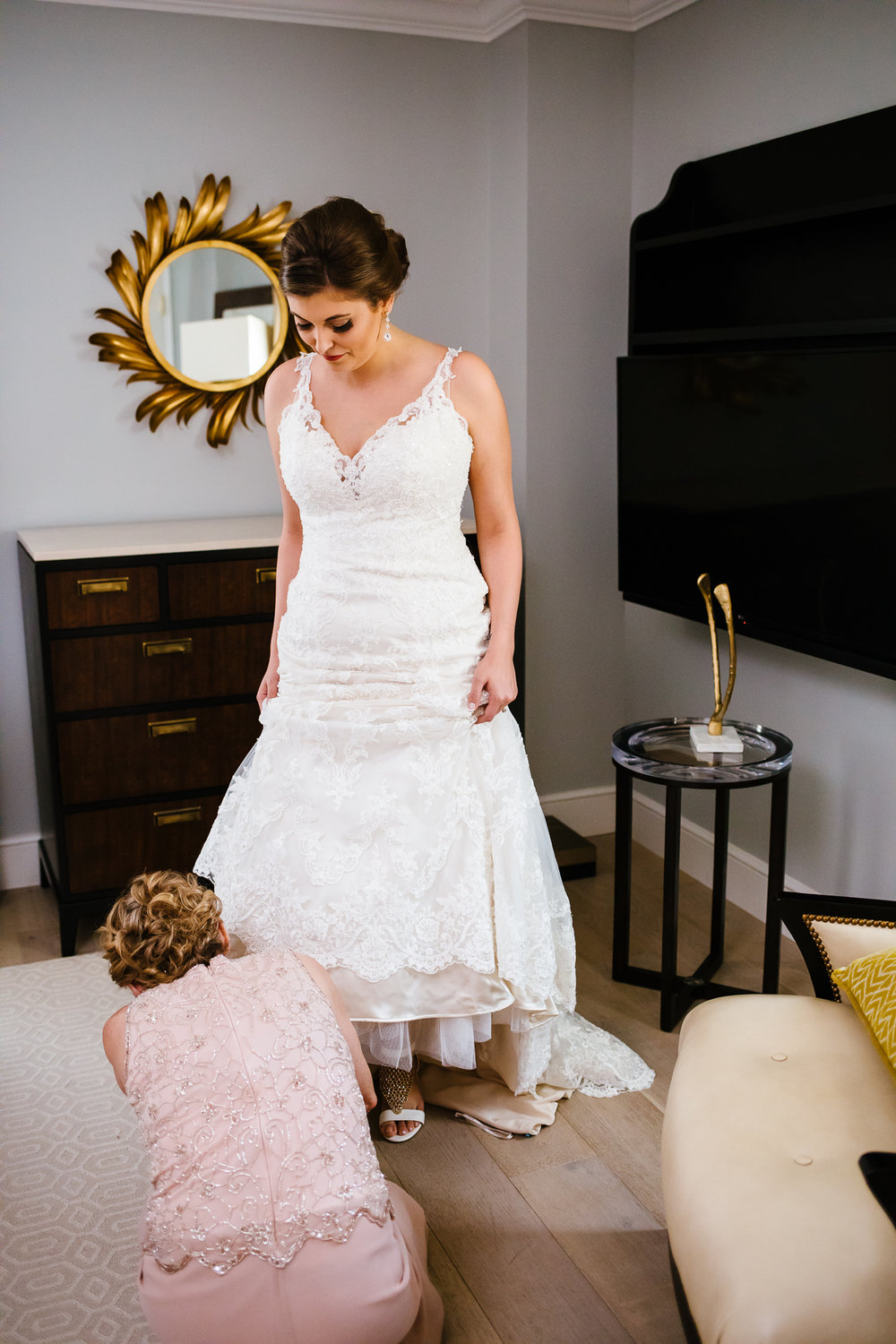 Marriott_Syracuse_Wedding_Calypso_Rae_Photography-20.jpg