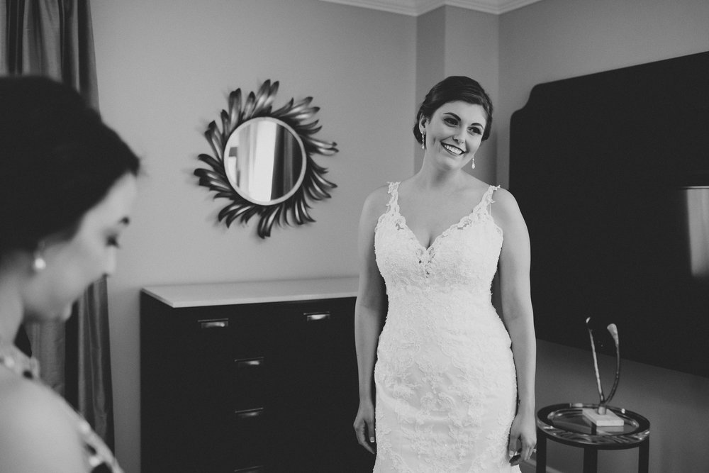 Marriott_Syracuse_Wedding_Calypso_Rae_Photography-22.jpg