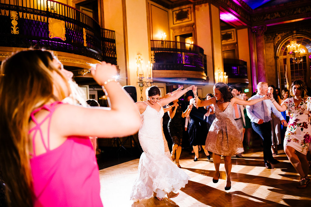 Marriott_Syracuse_Wedding_Calypso_Rae_Photography-123.jpg