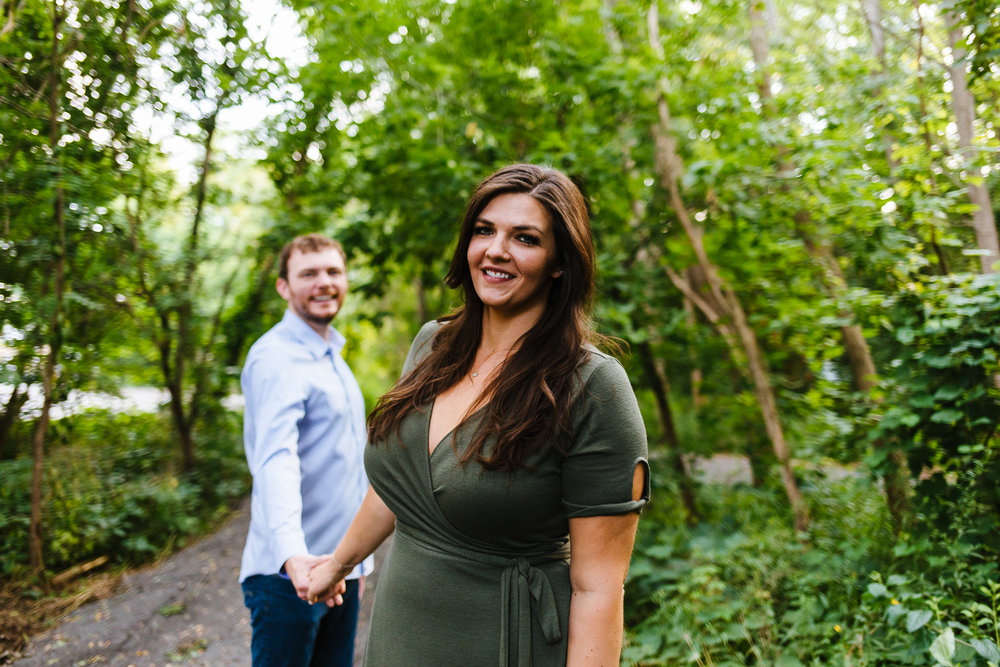 Syracuse-summer-evening-engagement-session-17.jpg