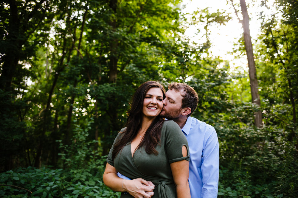 Syracuse-summer-evening-engagement-session-19.jpg