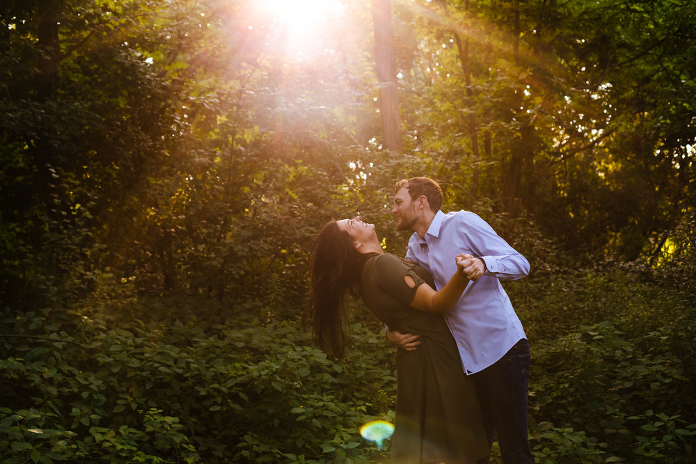 Syracuse-summer-evening-engagement-session-25.jpg