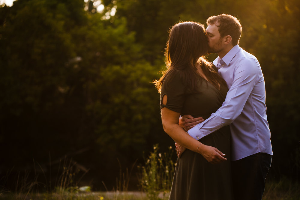 Syracuse-summer-evening-engagement-session-40.jpg
