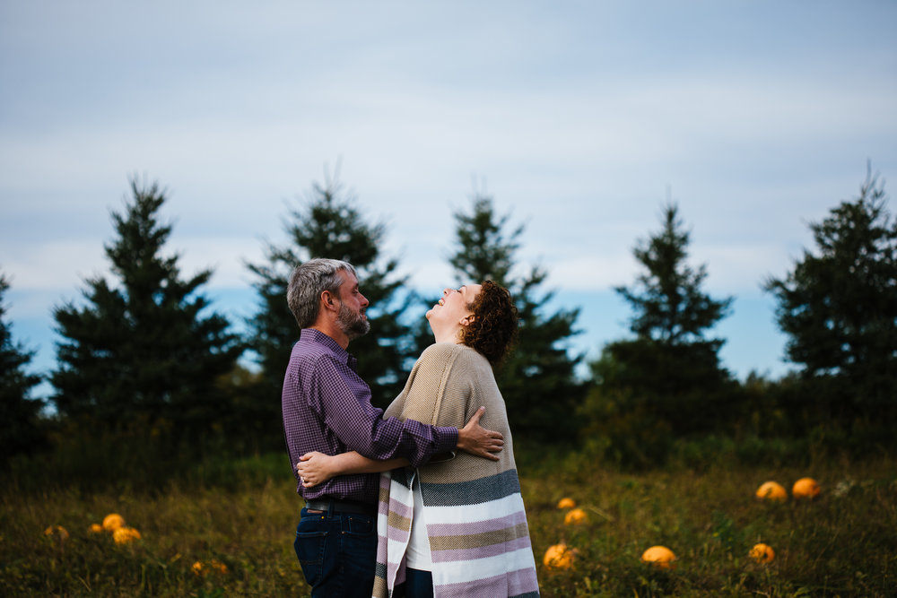 Critz-Farm-Engagement-Shoot-Syracuse-NY-6.jpg