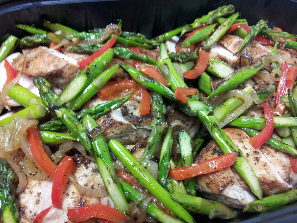Pork Tenderloin with Asparagus and Red Peppers