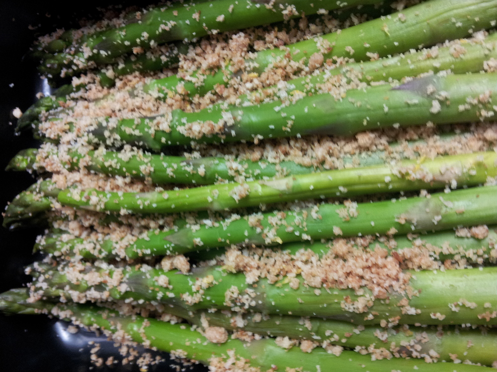 Asparagus with Lemon Wholewheat Breadcrumbs