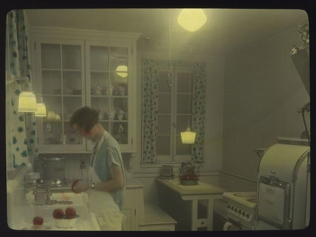 1930s-kitchen11