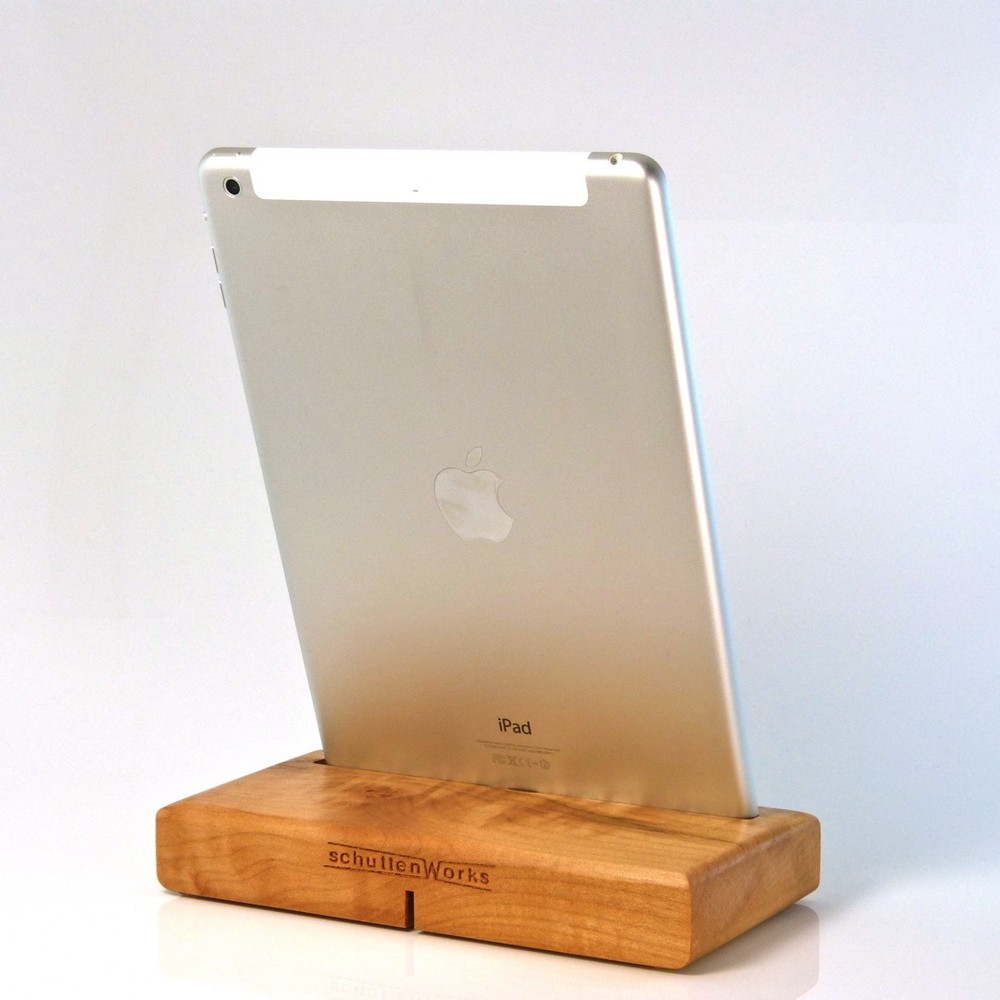 ipad-air-curly-maple.JPG