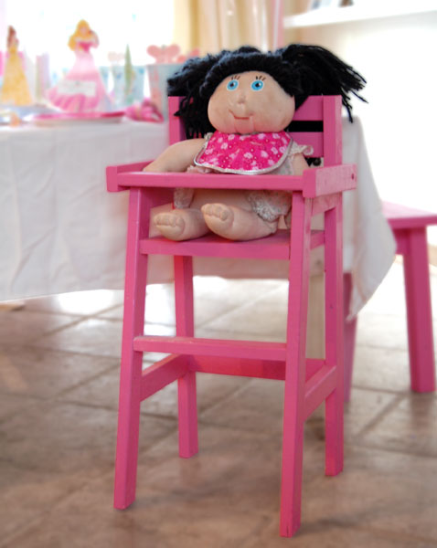 http://ana-white.com/2010/12/plans/doll-high-chair