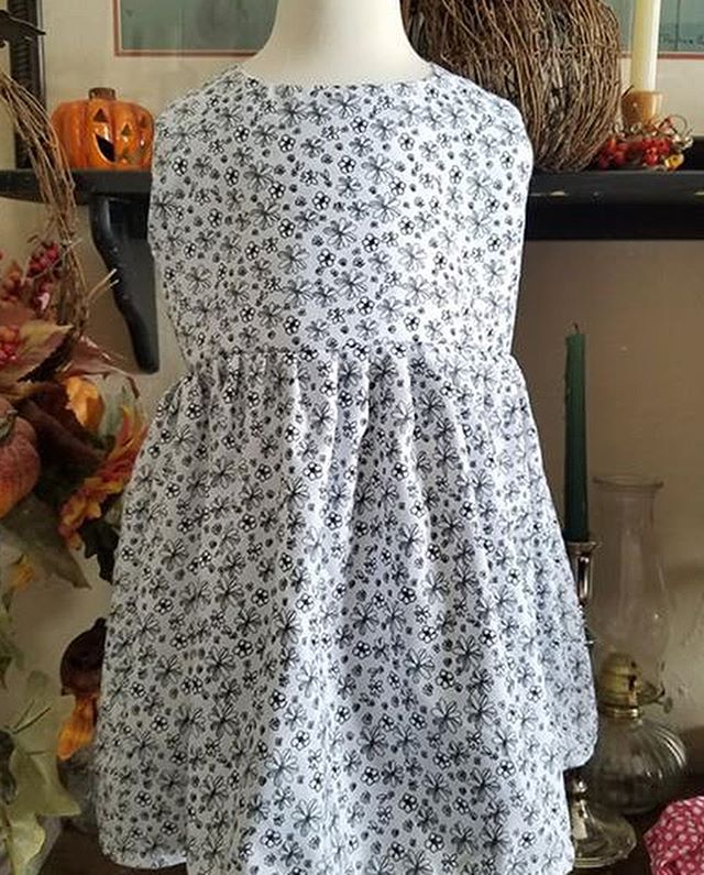 Today I'm making three dresses for Christmas boxes that are going overseas through a project that Lisa's church is participating in. Lisa took care of toys and treats, I'm adding pretties. I'm currently finishing up the skirt of the third dress. (They are all identical.) Here's the end product. . . . #MLGardner #1929Series #1929 #author #writer #dresses #dress #sewingmaniac #dressmaking #dressmaker #authorsofinstagram #writersofinstagram #classic #classicstyle #makersgonnamake #makers #makersmovement #sewing #diy #crafty #handmade #handcrafted #christmas #bookish #mylife