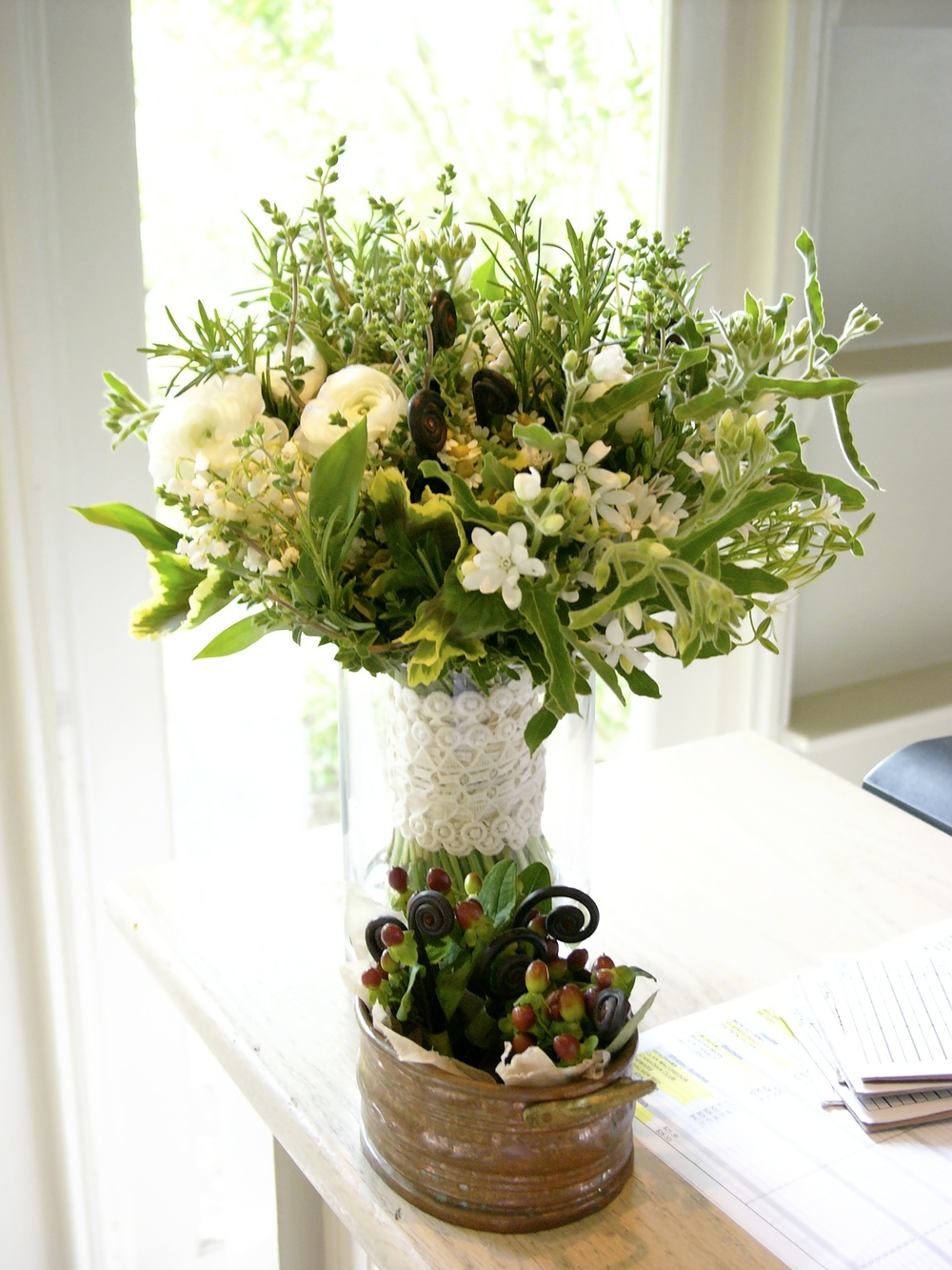 Medium Entryway Arrangement
