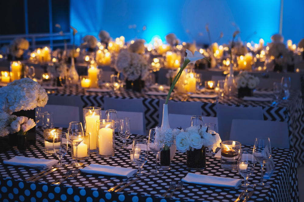 Black & White Table Decor