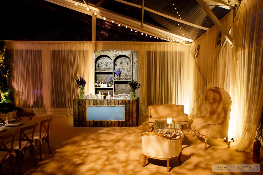 Custom Bar & Lounge