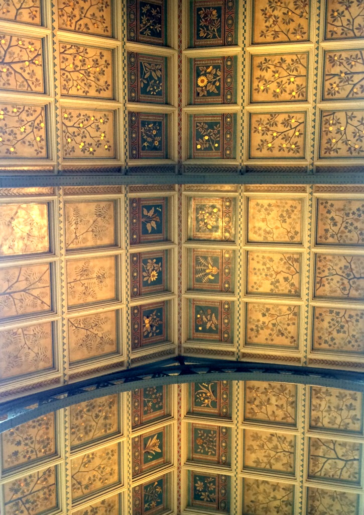 The ceiling in the main hall.
