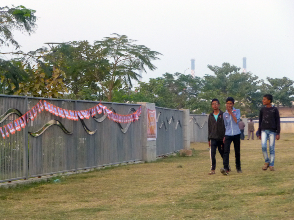 Metal fencing surrounding the Riverfront Park – lack of connection between the park and the surrounding community