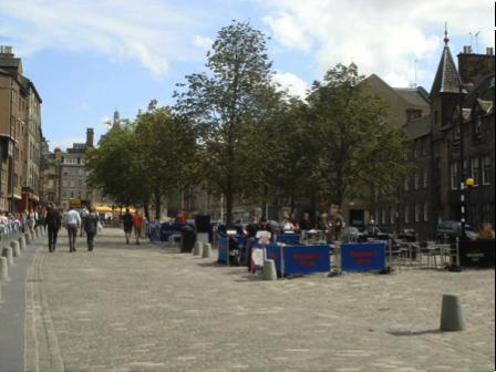 Grassmarket, Edinburgh (photo: Marilyn Higgins, 2010).