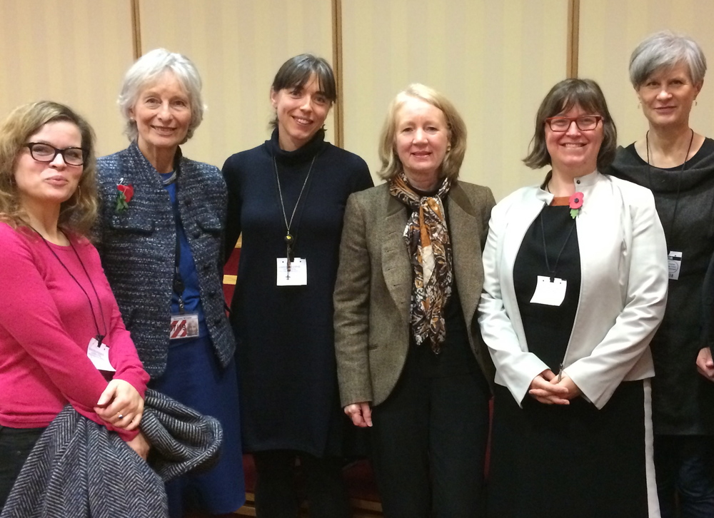 Daisy Froud, Baroness Whitaker, Dr Nicola Dempsey, Prof. Catherine Ward Thompson, Elanor Warwick and Prof. Sarah Wigglesworth (from left to right).