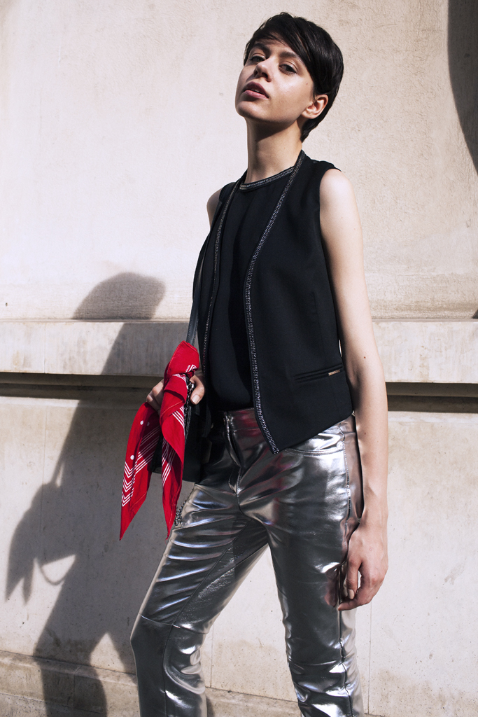 silver-leather-trousers-7.jpg