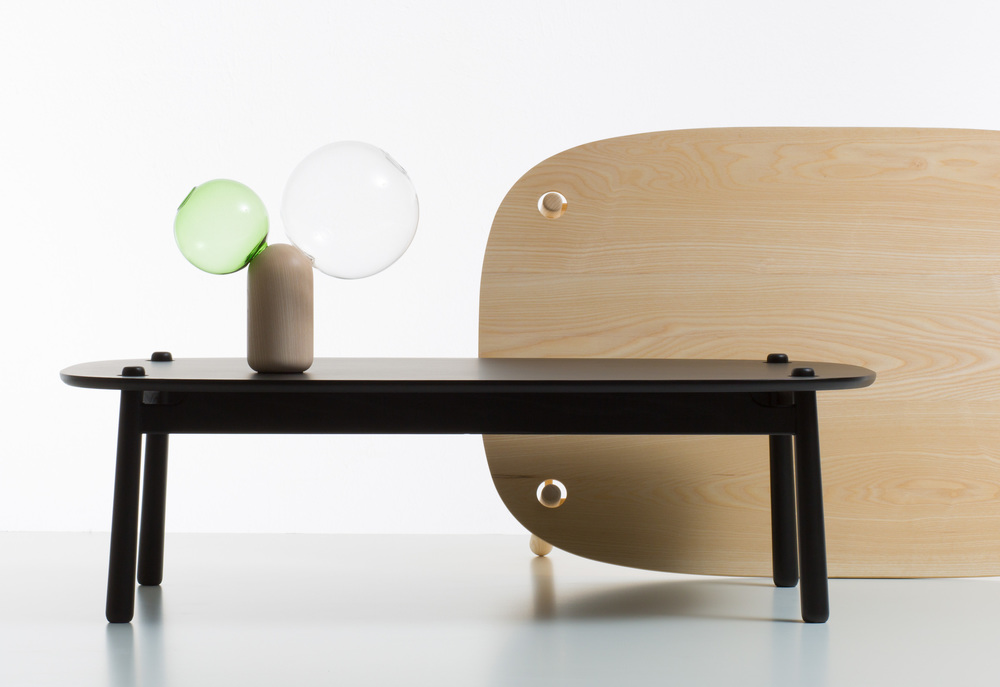 Peg sofa table, design Nendo, 2014, by CAPPELLINI