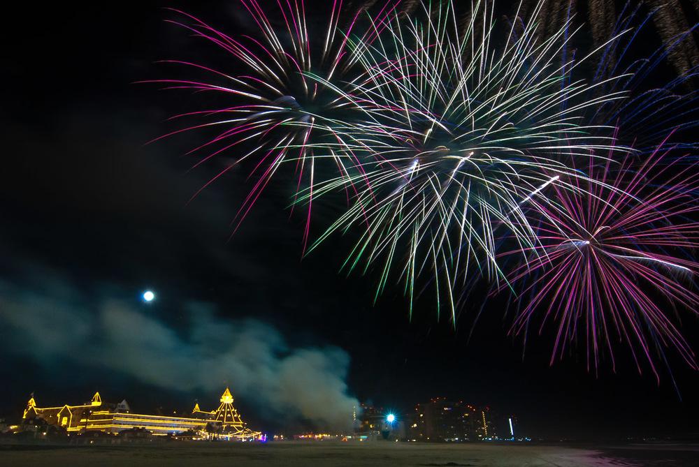 Del Fireworks