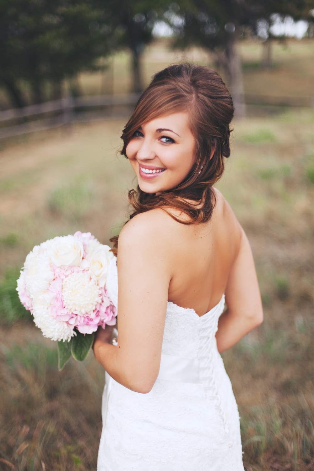bridalweb 18141.jpg
