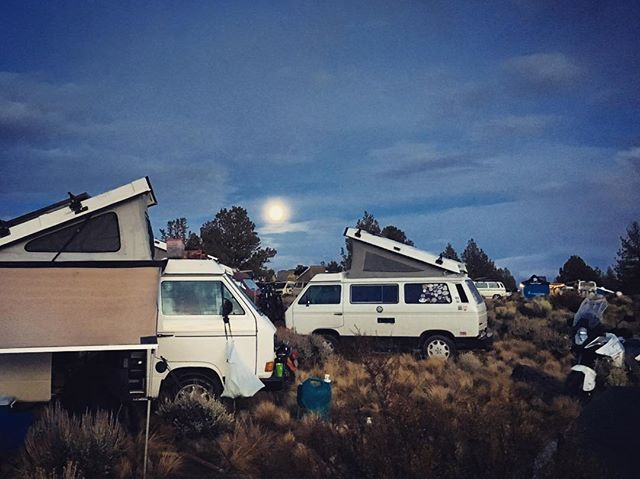 #descendonbend was a great time. A bit stormy but the #westy 's were out in full glory over 200. Looking forward to the final count. Thanks @poseidonsbeard @vanagonlife and everyone else that made this happen