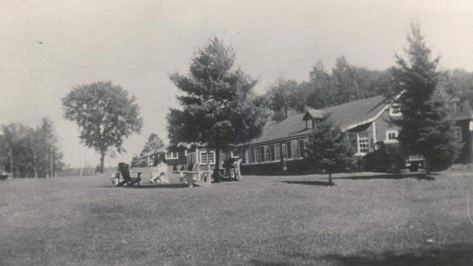 Caribou Lodge postcard