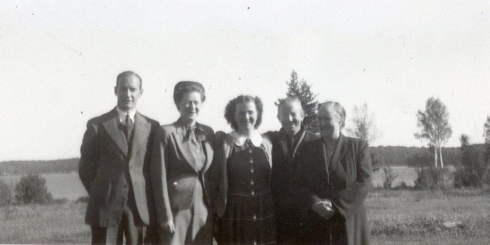 George & Elsie Blenkin, Mrs Dawson, Jack & Laura Neville