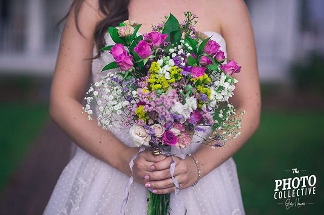 💐👰🏼📷📷 ................................................ #woods #wedding #weddingphotography #weddingphotographer #countrywedding #countryweddings #hipsterwedding #hipster #athensphotography #athenswedding #athensweddingphotography #thecorryhouse #corryhouse #corryhousewedding #atlphotographer #atlphotography #athensweddingphotographer #athensweddingphotography #dance #firstdance #weddingdance #bride #groom #brideandgeoom #husband #wife #husbandandwife #bouquet #weddingbouquet #flowers #weddingflowers