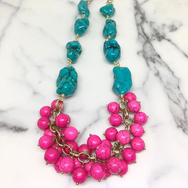 Our Etsy shop is full of colourful summer statement necklaces just like this one. 🌈💛💚❤️💙💜 #veryvalero #etsylove #statementnecklace #statementjewelry #turquoise #howlite #hotpink #resortready #summelook #ootd #statementnecklace #etsysellersofinstagram #handcrafted #shoplocal #beachlife #beachready #instastatement #instagood #instalife