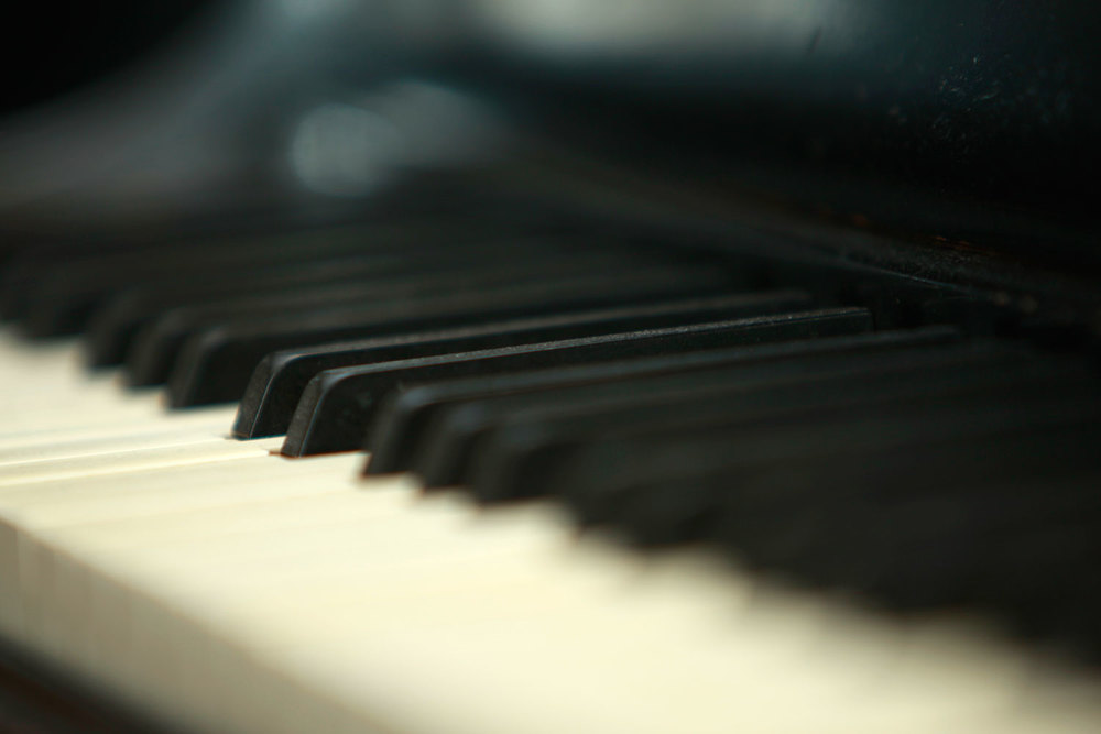 pianokeyboardlowrez.jpg