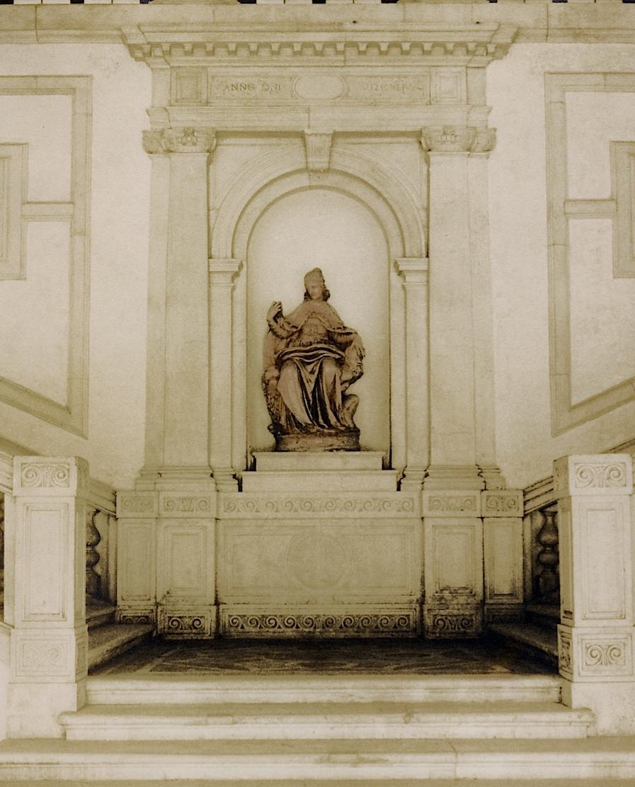 Venice statue.jpg