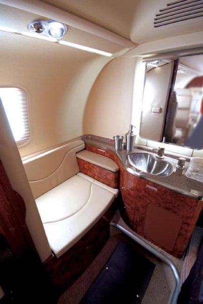 lear40_interior4.jpg