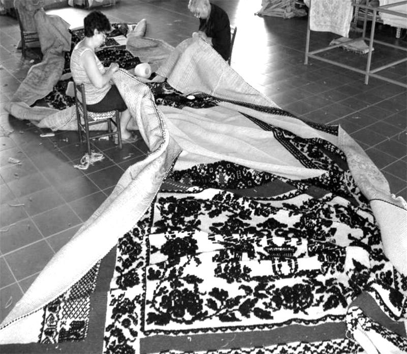 Laboratorio Mariantonia Urru, tappeto di Antonio Marras