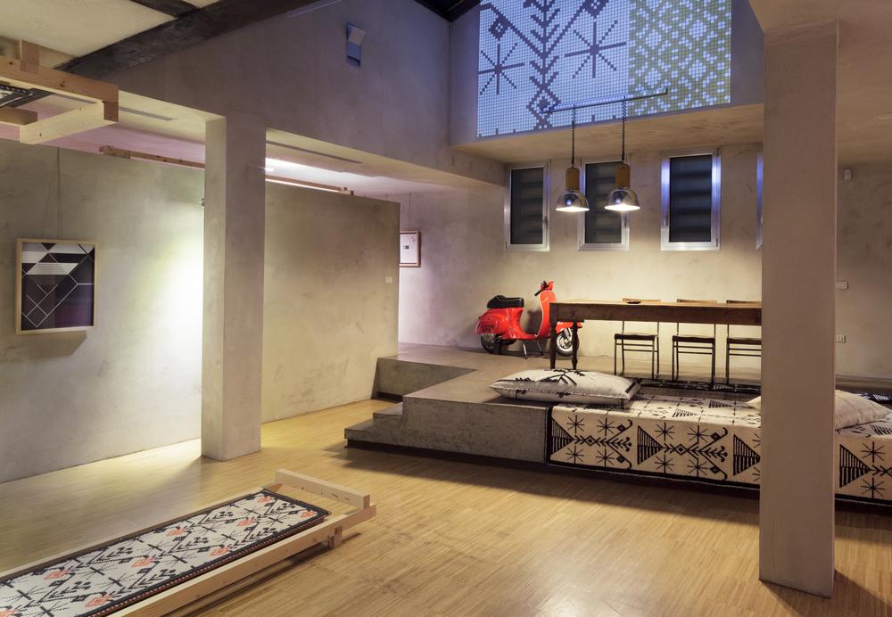 kara-studiolixi_cv7908.jpg