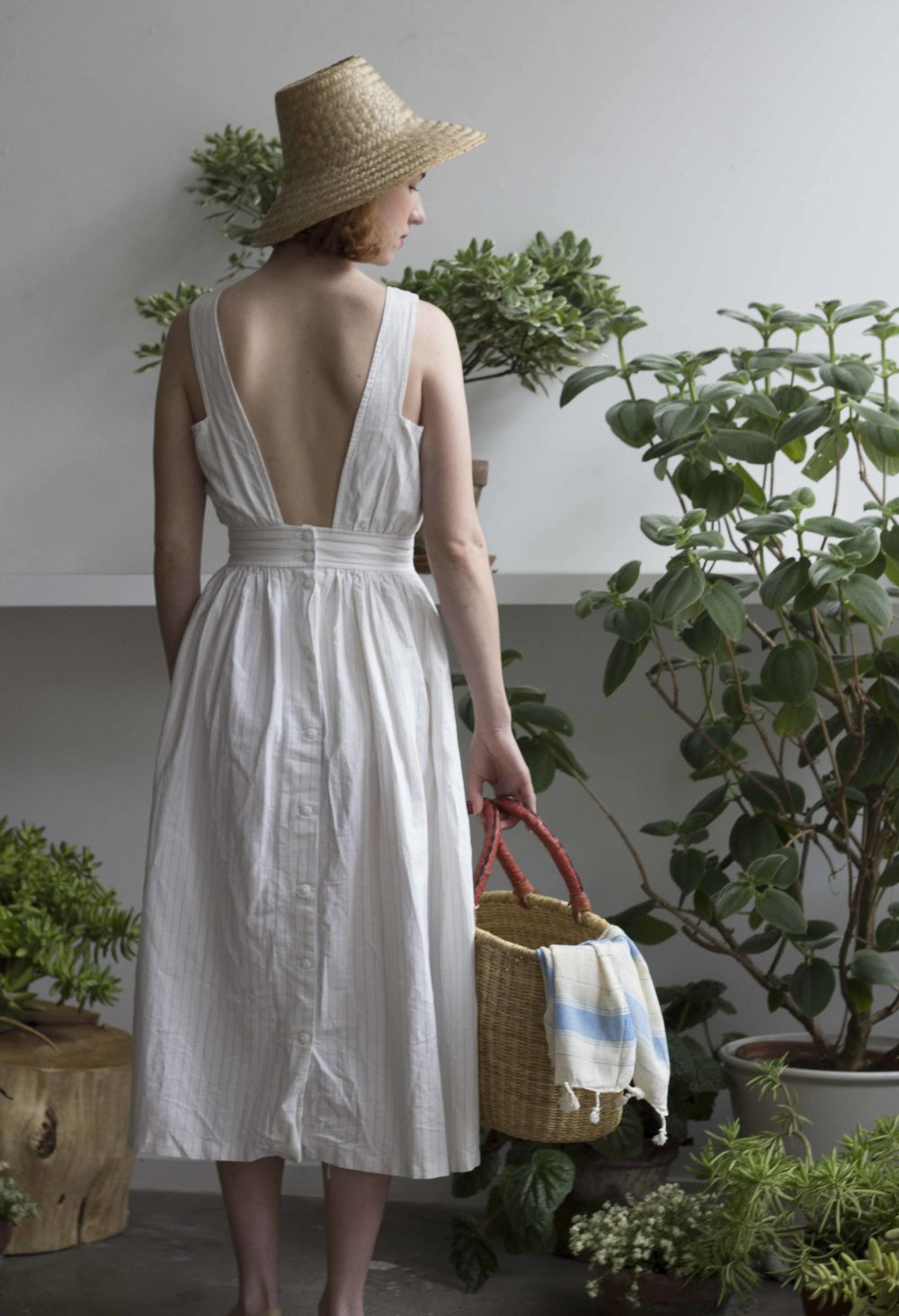 Love this amazing Backless dress from Wayward Collection! Basket and Linen towel - Cuttalossa.