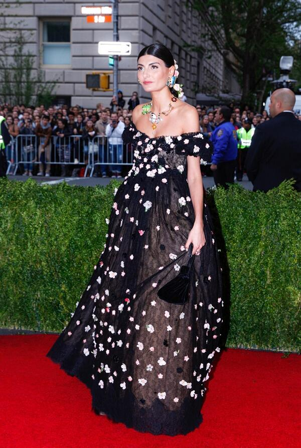 Giovanna Battaglia is a vision. The petal-sprigged Dolce & Gabbana gown was nothing short of ethereal.