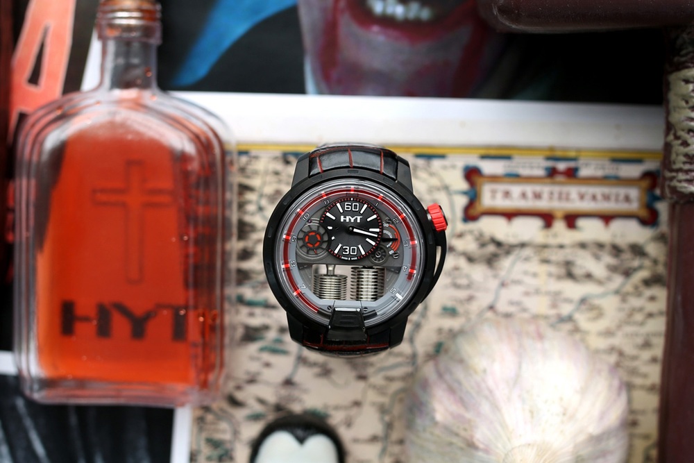 HYT-H1-Dracula-Chicago-Watches-Geneva-Seal-2.jpg