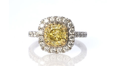 Engagement-Rings-Chicago-Geneva-Seal-Yellow-Diamonds-8.jpg