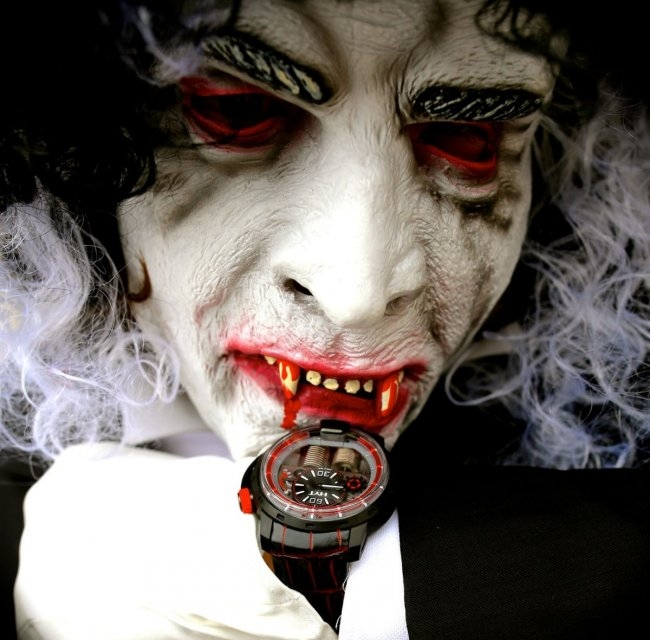 hyt-h1-dracula-watches-chicago.jpg