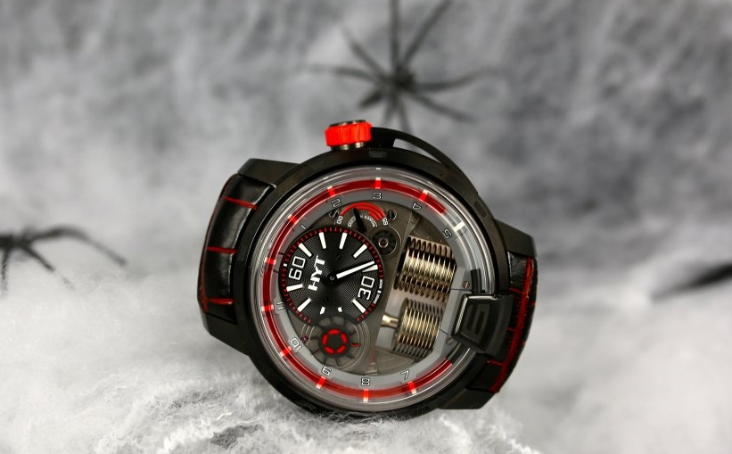 hyt-h1-dracula-watches-chicago-4.jpg