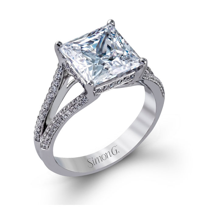 princess-cut-engagement-ring