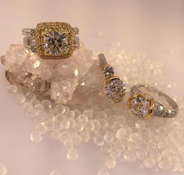 rose-gold-engagement-rings-chicago-4