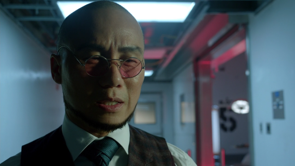 Gotham S2 Ep. 13 Review A Dead Man Feels No Cold Gordon Harvey Mr Freeze Hugo Strange Victor 3.PNG