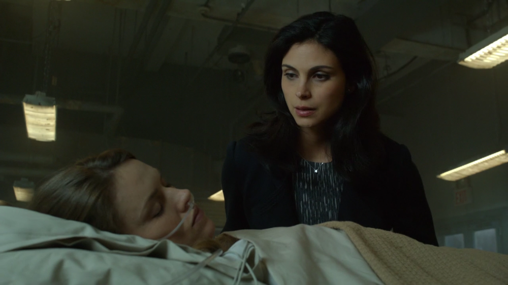 Entertaining scene where Barbara is shown in a coma-like state in Arkham in which Lee aggressively confronts her in her sleep.