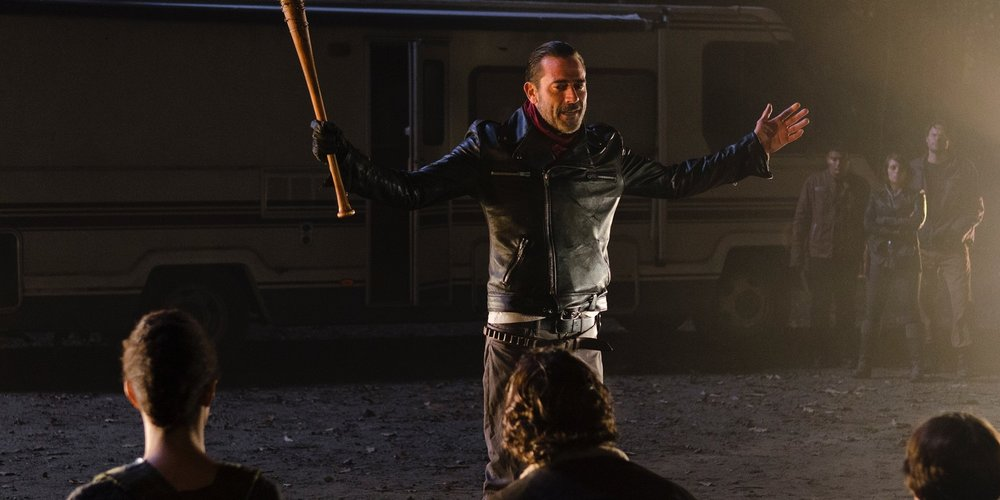 jeffrey-dean-morgan-as-negan-in-walking-dead-season-6-finale