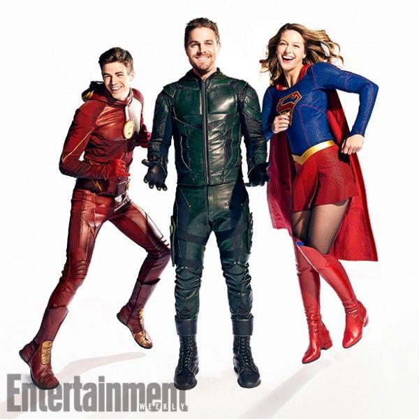 arrow-flash-supergirl-legends-crossover-images-ew-6-600x600.jpg