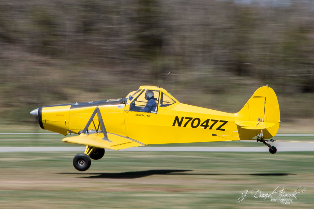 A Piper tow plane for Jersey Ridge Soaring takes off from Blairstown Airport (1N7), lifting a glider into the sky.